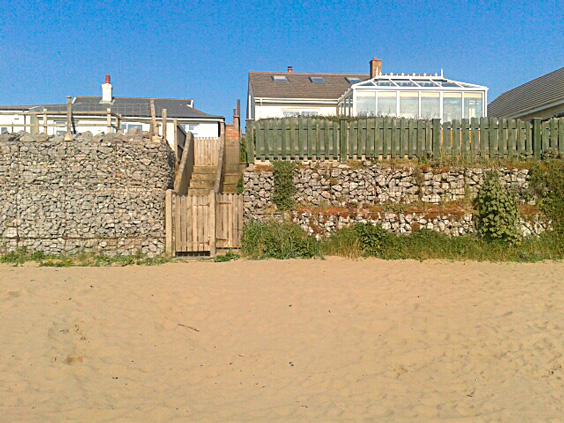 sea front gabion use image