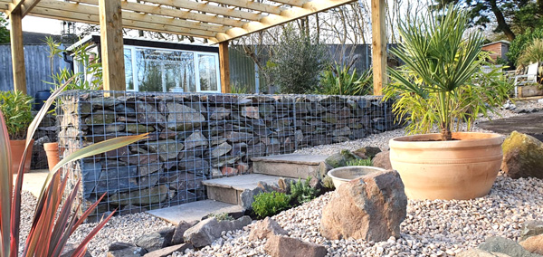 pergoda-and-gabion