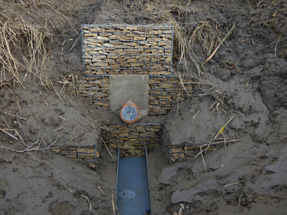 gabion-water-outlet