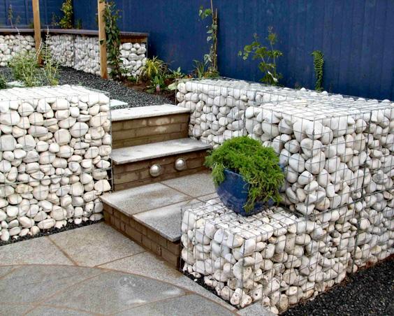 Gabion Retaining Wall : Wild Roof Gabion Bench and Gabion Steps