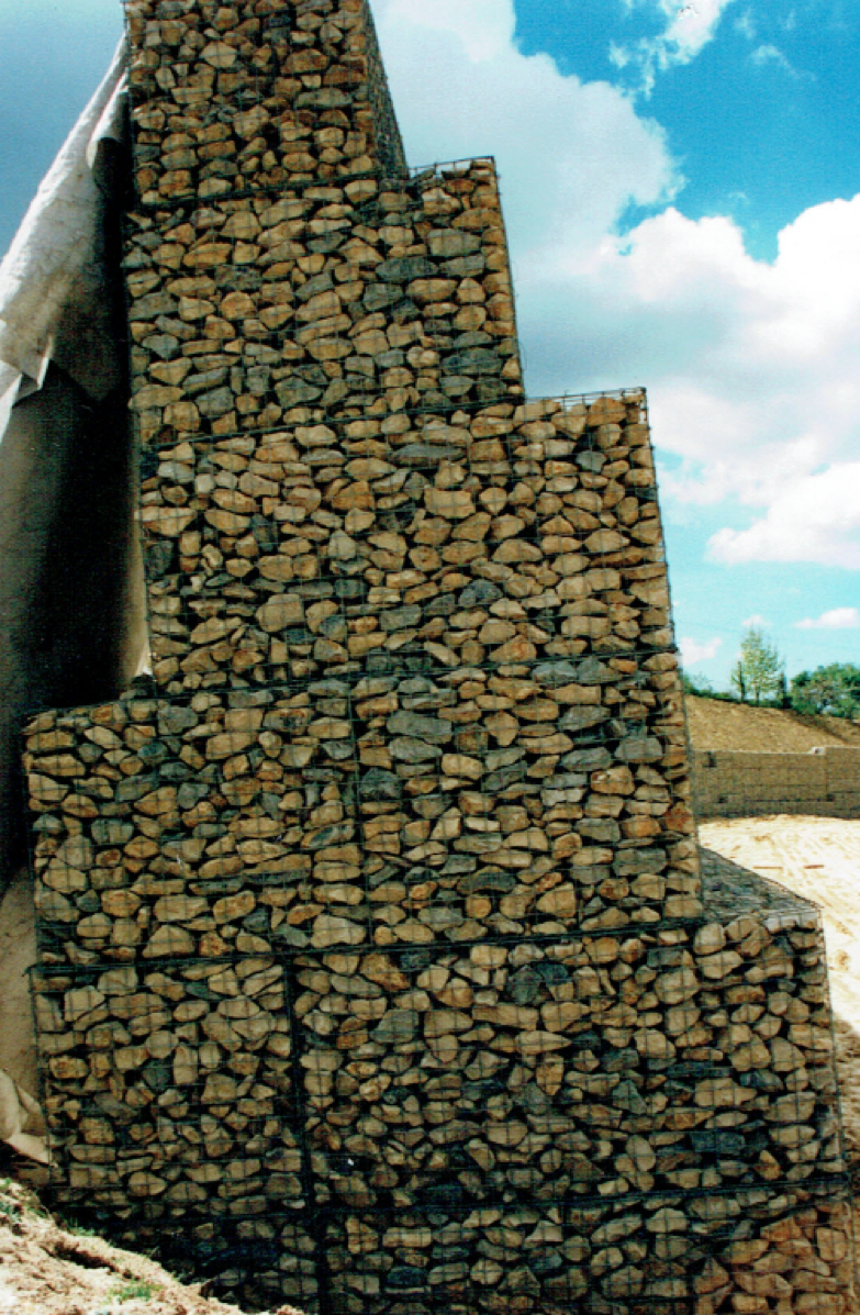 gabion-angular-infil-stone-placed