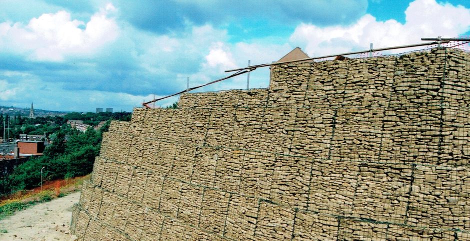 gabion-stepped-face-curved